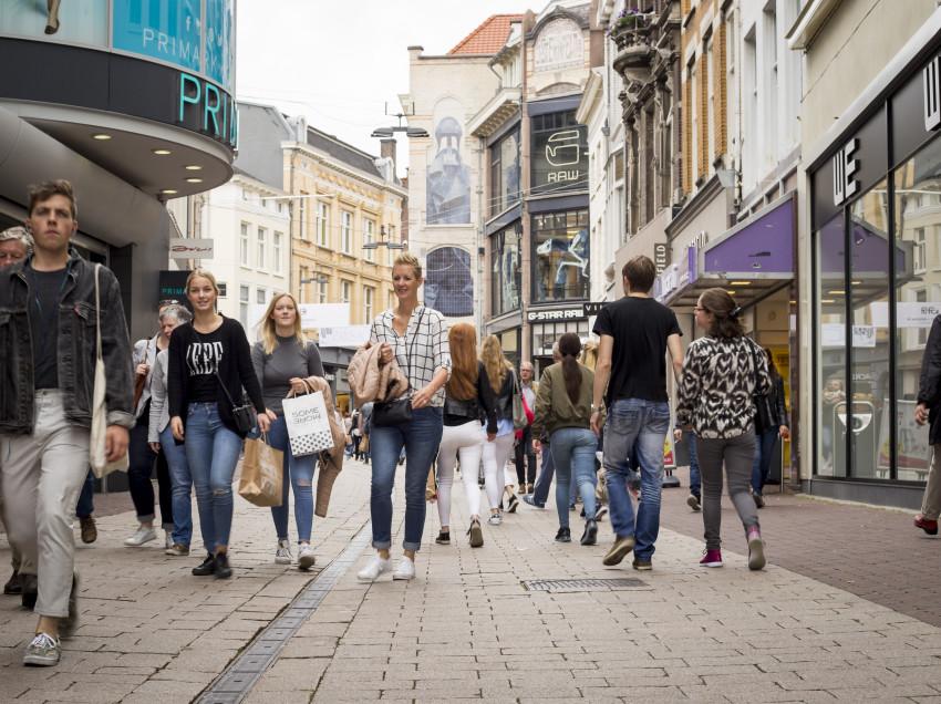 Recordaantal deelnemers vijfde editie Schoonste Winkelgebied Verkiezing van NederlandSchoon