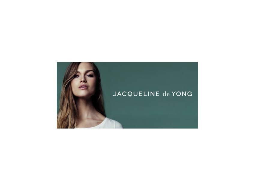 Jacqueline de Yong opent in Alexandrium Shopping Center