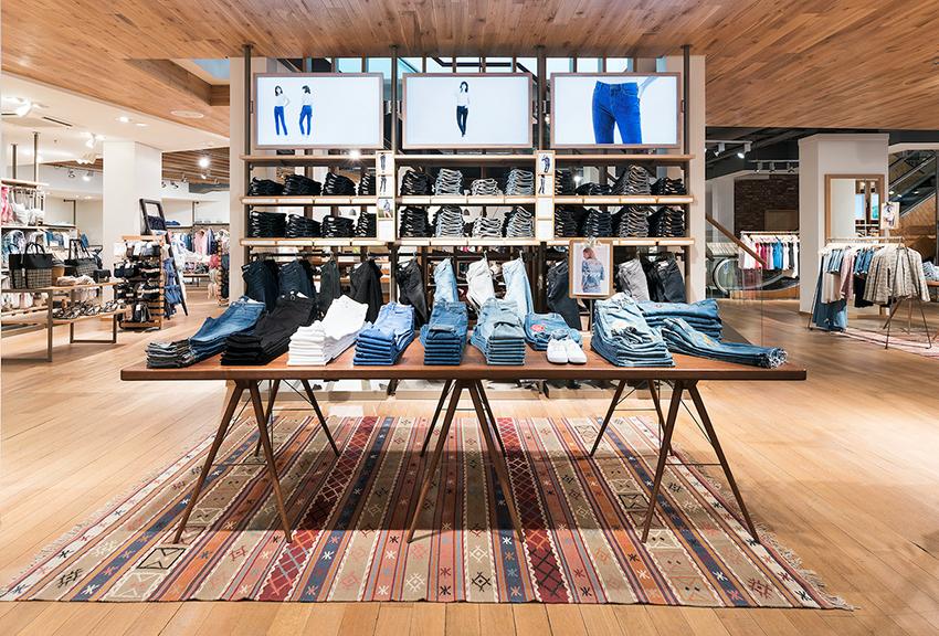 ESPRIT opent nieuwe winkel in Hilvertshof